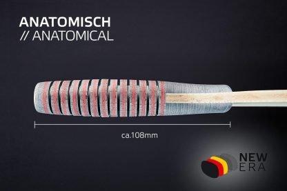 Seitenansicht NEW ERA anatomischer Schlägergriff mit Längenangabe