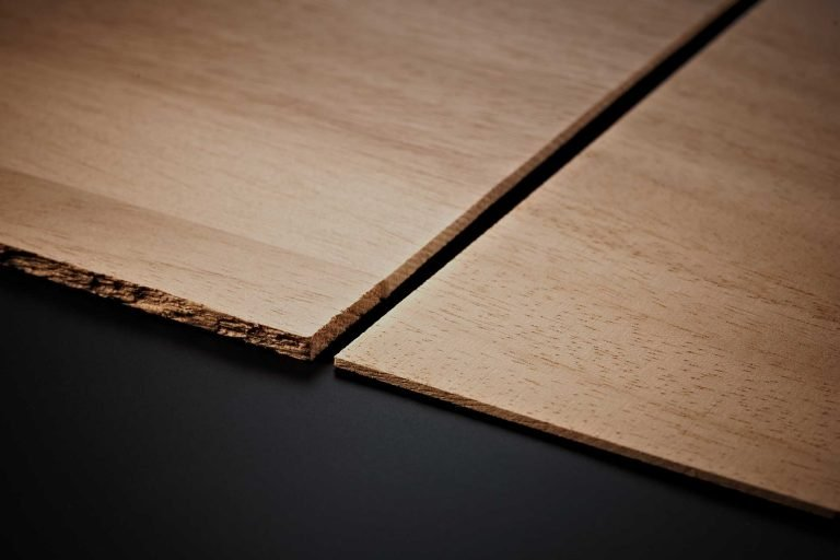 Sawn veneers for building high-quality table tennis blades